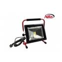 Projecteur LED à 50 Watt protégé contre les éclaboussures d´eau